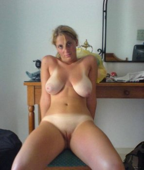 amateur photo Profound Tanlines