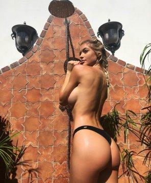 amateur photo Outdoor shower
