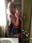 amateur photo Blonde selfie.