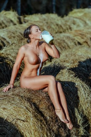 amateur photo Milk does a body good