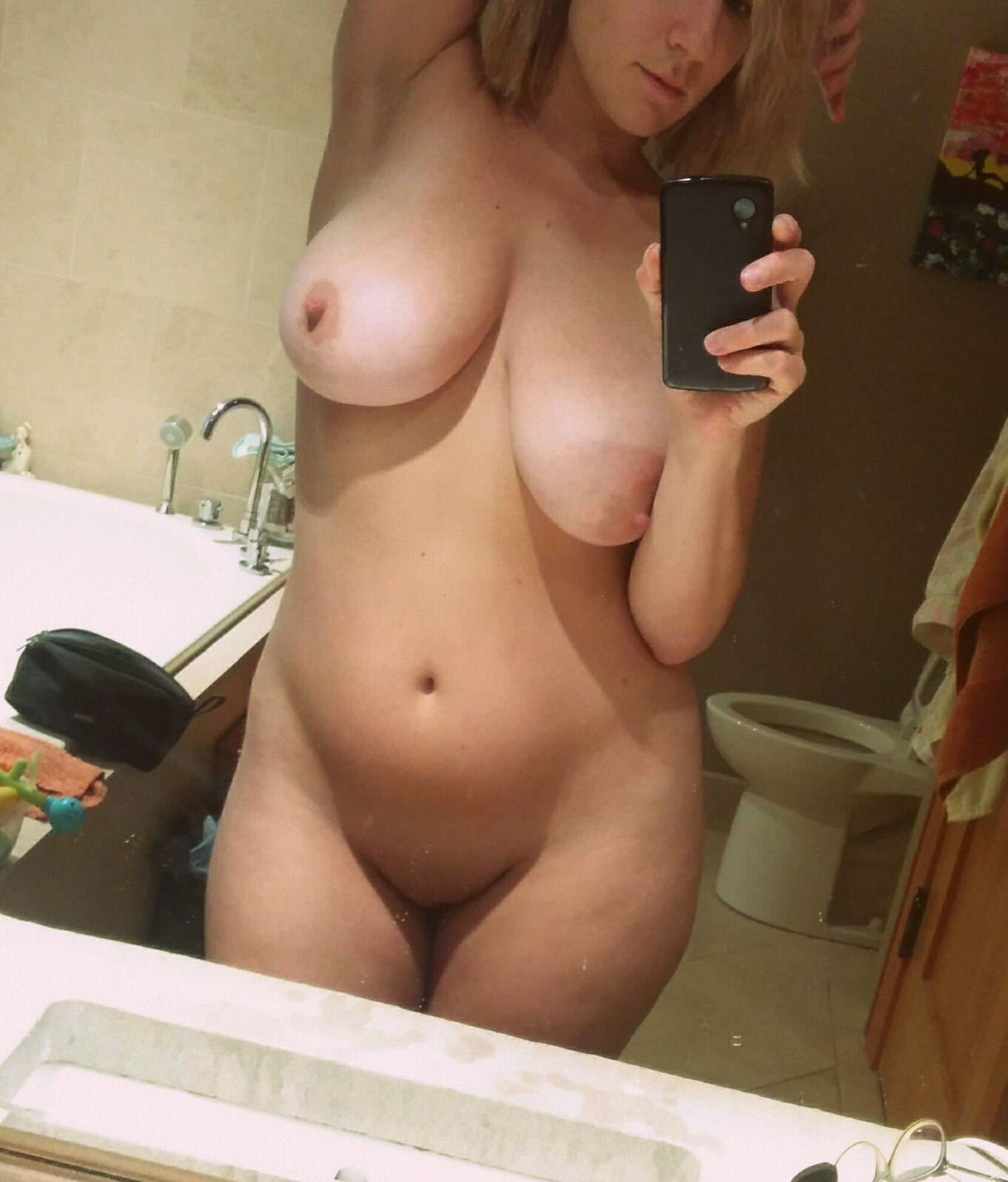 showing off my big tits mirror selfie add me on snapchat