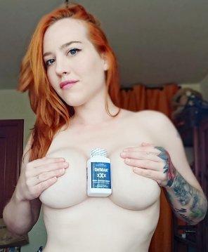 amateur photo Redhead boob grab