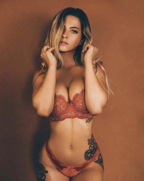 amateur photo Wearing lingerie