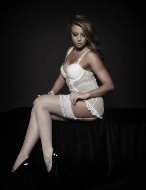 amateur photo A white lace affair