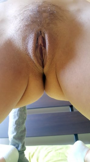 amateur photo This pussy needs stretching [MILF-40]