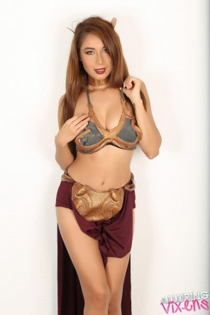 amateur photo Lilly as slave Leia