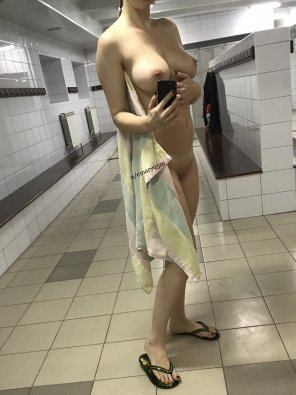 amateur photo A[f]ter shower in the pool changing room