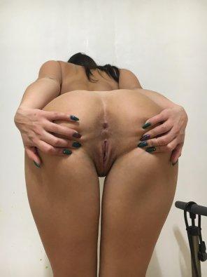 amateur photo You wanna cum on my spread asshole? [OC]