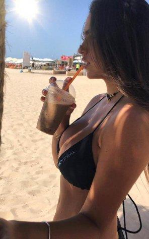 amateur photo busty black bikini