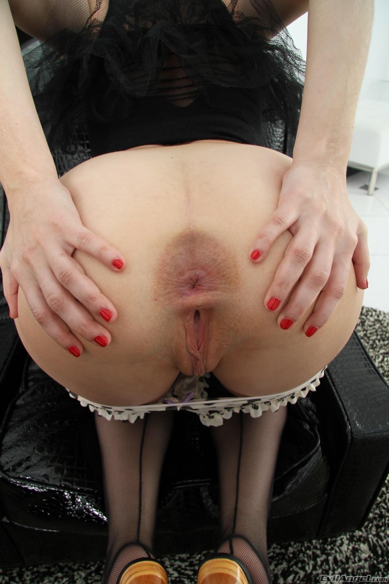 Jennifer white gape