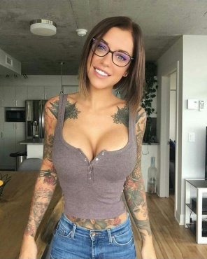 amateur photo tats and titties