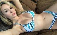 Bikini selfie
