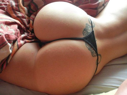 Perfectly round Porn Photo