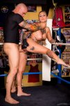 amateur photo Derek Pierce, Kleio Valentien