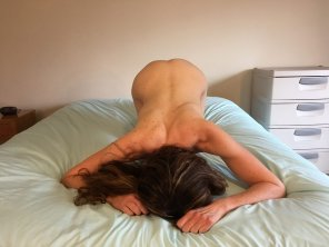 amateur photo My wi[f]e's torso is fairly long, too.