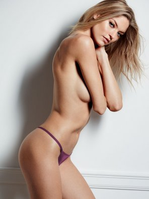 amateur photo Martha Hunt