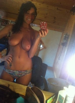 amateur photo Tanned and topless