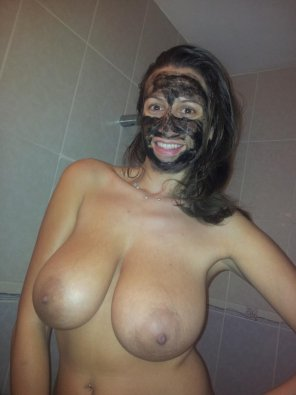 amateur photo Mud Mask