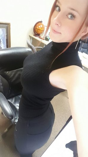 amateur photo All black