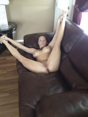 amateur photo Spread eagle