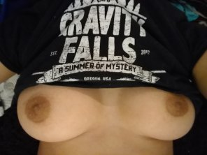 amateur photo more of the gravity falls shirt