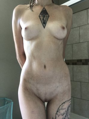 amateur photo Nice & clean- who wants to get me dirty again?