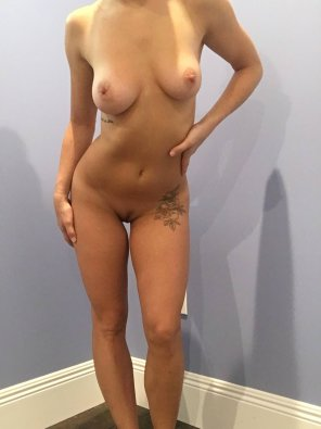 amateur photo Totes nude [F]