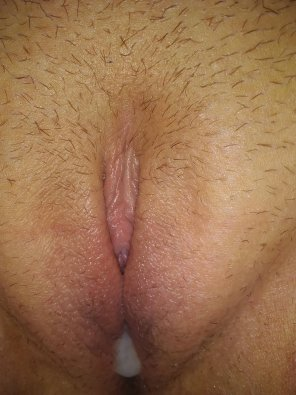 amateur photo Top view of my GF's cream pie