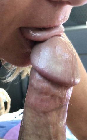 amateur photo GF getting ready to gobble