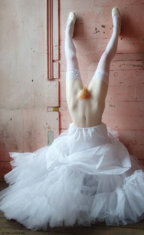 amateur photo Inverted Ballerina