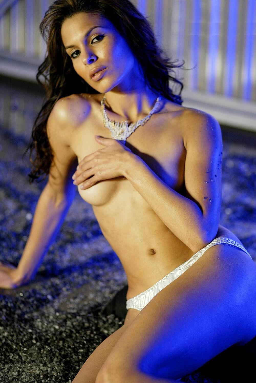 Nadine Velazquez porno