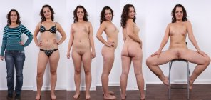 amateur photo No shy for brunette milf [MultiView]