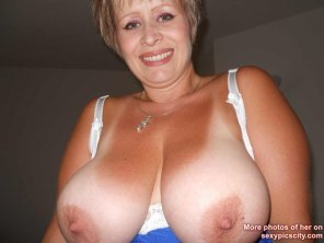 amateur photo Sophia Big Tits.
