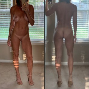 amateur photo For all you milf-lovers!