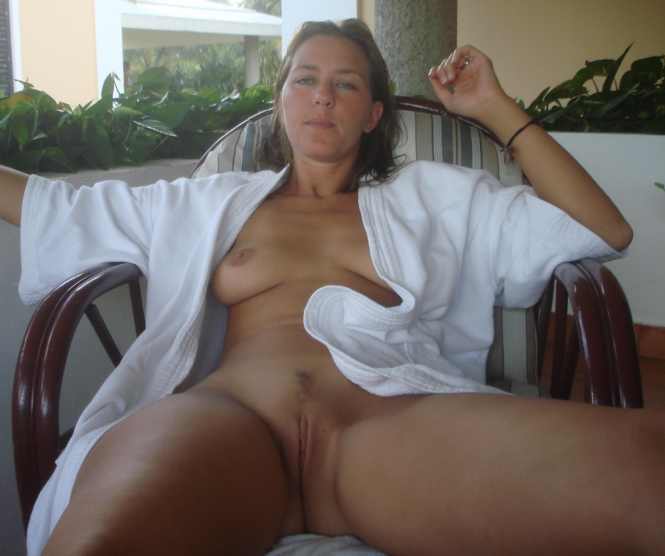 You pretty sexy honey amateur can