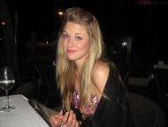 amateur photo Blonde drinking