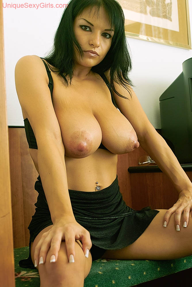 Sexy nude hunks on tumblr