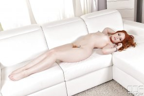 amateur photo Ella Hughes on the couch