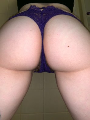 amateur photo Purple panties [f]or Daddy!