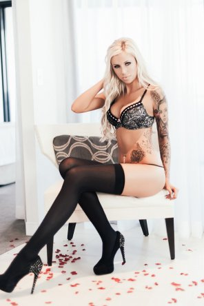 amateur photo Tattoos and Nylons