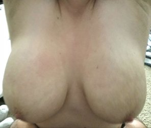 amateur photo Image[Image][MIC] Thought you guys might be able to appreciate my wife's boobs