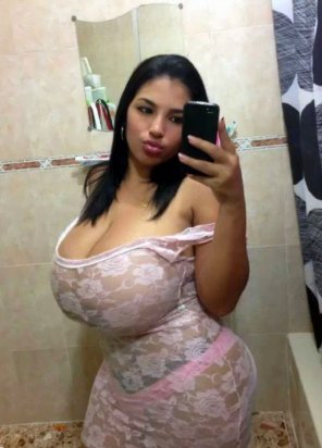 amateur photo Stacked Latina