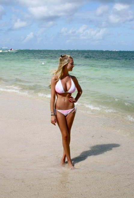 Busty blonde in bikini Porn Photo