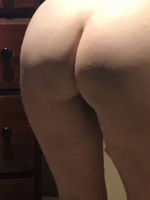 amateur photo Would like as much response as possible to my ass. Go ahead reddit, here is my ass...have at it !