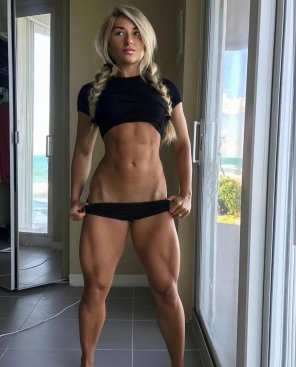 amateur photo Carriejune Bowlby is 🔥