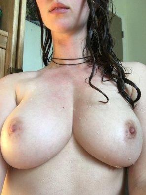 amateur photo Shower tits! [F]
