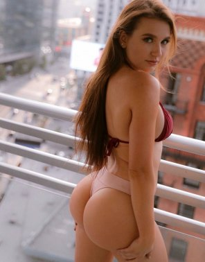 amateur photo In balcony with that ass 🔥