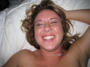 amateur photo Happy Cumslut