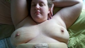 amateur photo bbw in bed