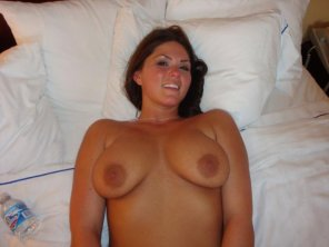 amateur photo Big smile and big titties